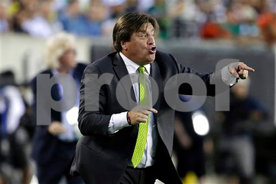 mexico-national-soccer-coach-fired-after-journalists-claim