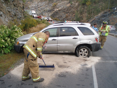 NEW CASTLE TOWNSHIP ACCIDENT 9-25-08 PICTURES by COALREGIONFIRE