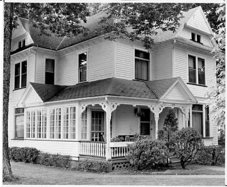 Shaw Brighton House