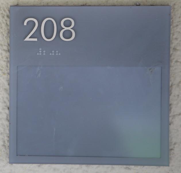 208_04.JPG