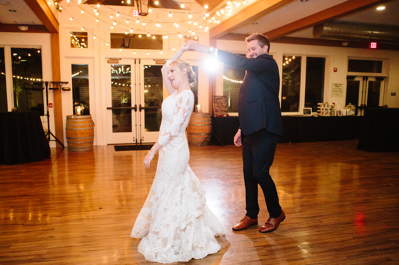 katelyn_and_ethan_peoples_light_wedding_image-621.jpg