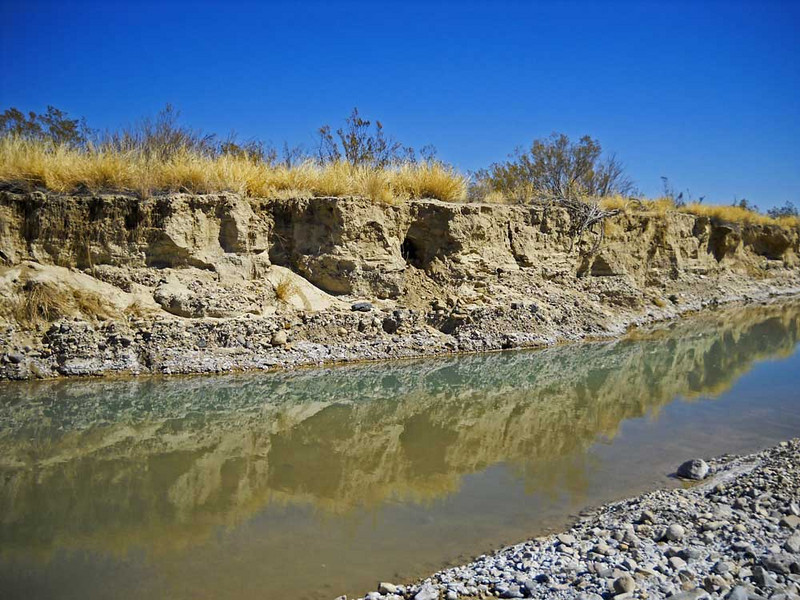 Terlingua-creek-banks.jpg