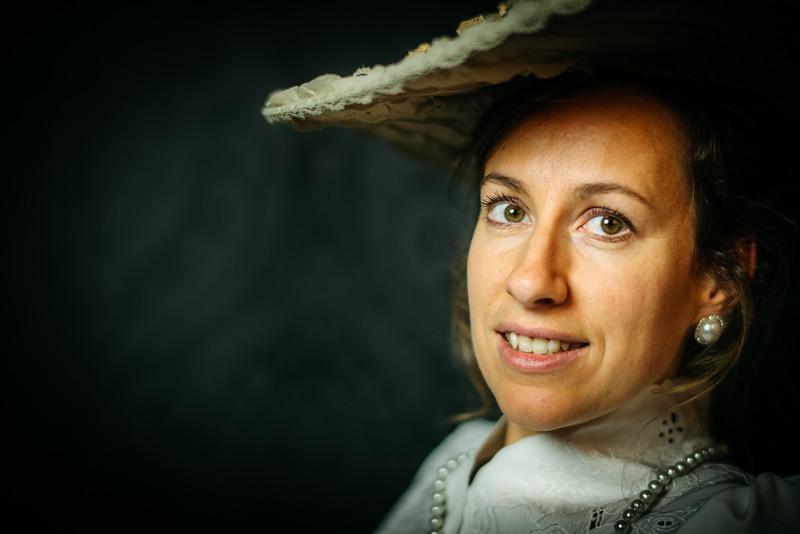 portret-BelleEpoque-Esther-studio-33.jpg