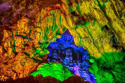 Ha Long Bay, Hang Dau Go Cave