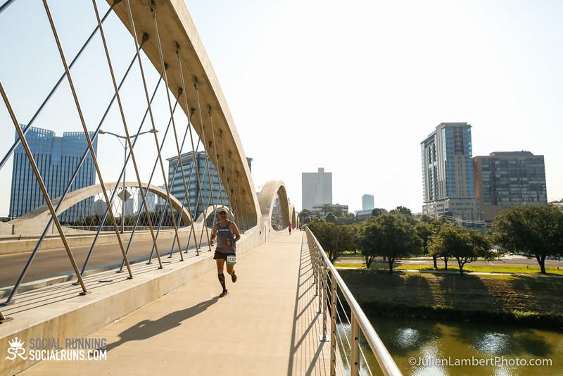 Fort Worth-Social Running_917-0103.jpg