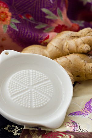 Cheap, easy to use and super effective: Japanese ceramic ginger grater. © 2012 Sugar + Shake