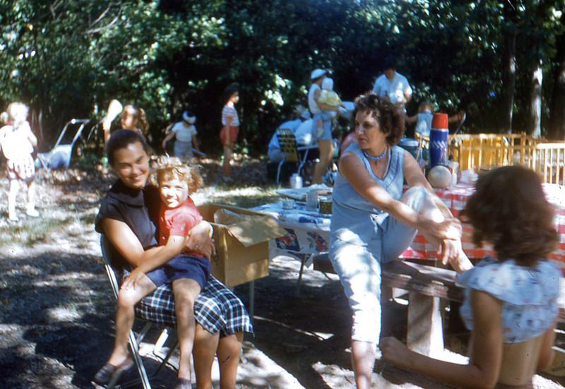 1960 - 07 Neighbor, Mom