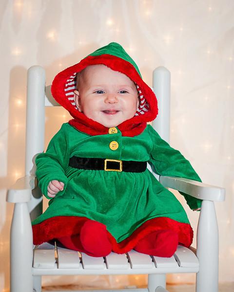 Paisley's  Christmas pics