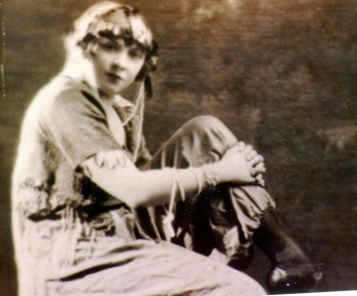Lillian Stewart