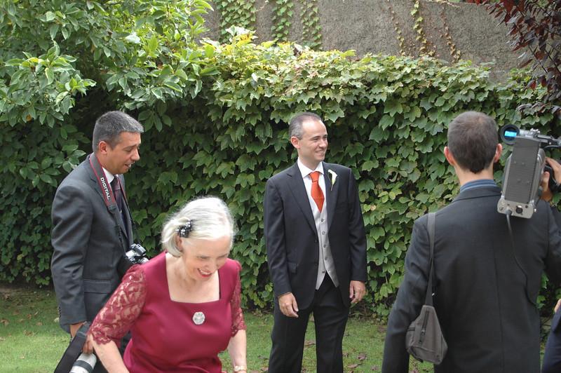 stephen_and_carmen_wedding_tetuan_garden_stephen.jpg