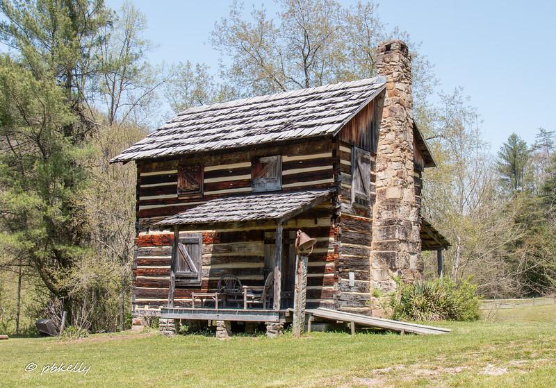 Gladie cabin 050118-3.jpg