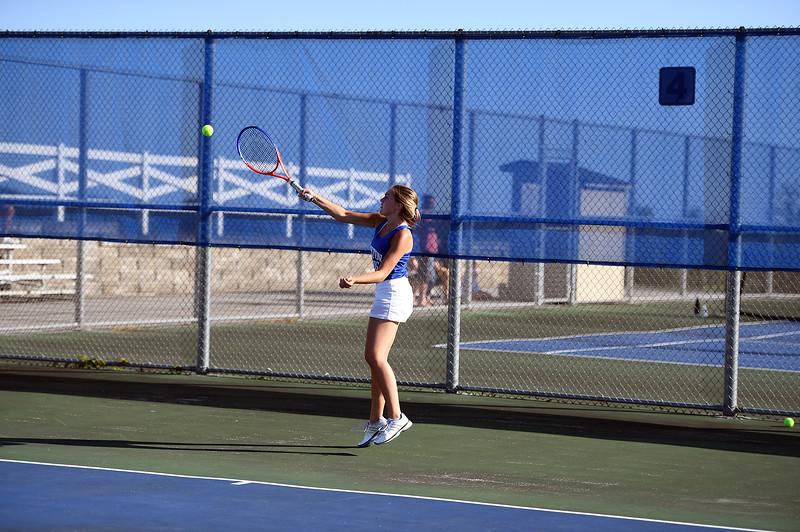 girls_tennis_3953.jpg