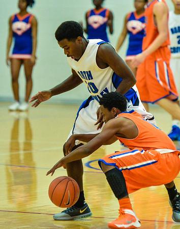 Basketball Varsity Boys vs  Bowie 01-28-14-6