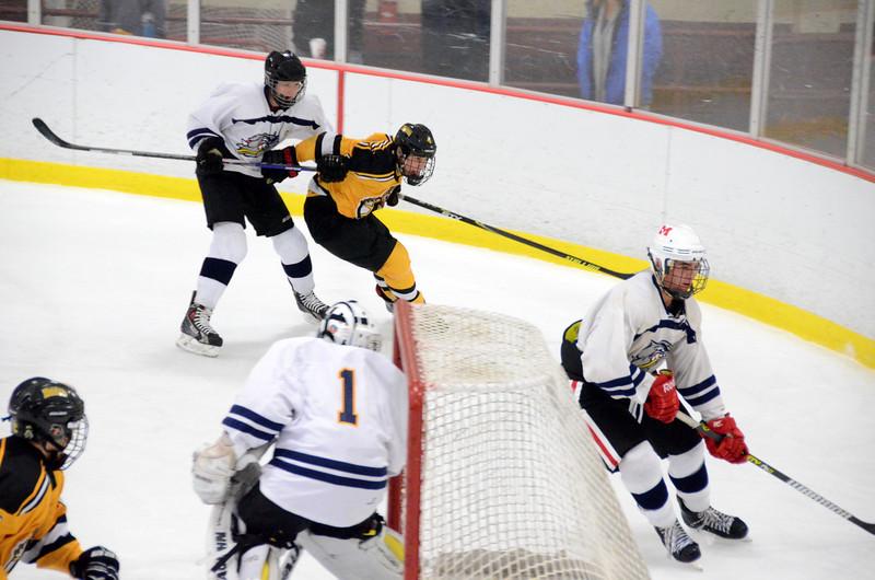 141004 Jr. Bruins vs. Boston Bulldogs-155.JPG