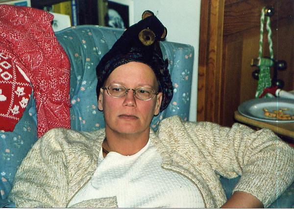 2000 Ann's new hat