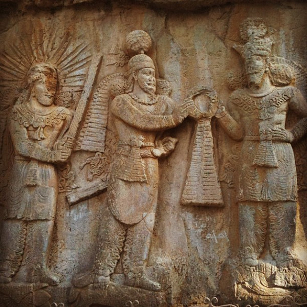 Sassanid Empire reliefs, 1700 years old outside Kermanshah, Iran. Impressive. #dna2iran #wir #gadv