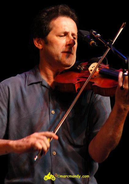 Phila Folk Fest- Sat 8-27 300 John Jorgenson.JPG