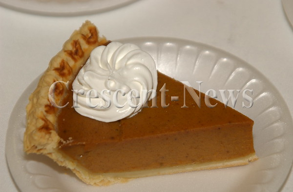 11-19-15 NEWS DC Thanksgiving Dinner