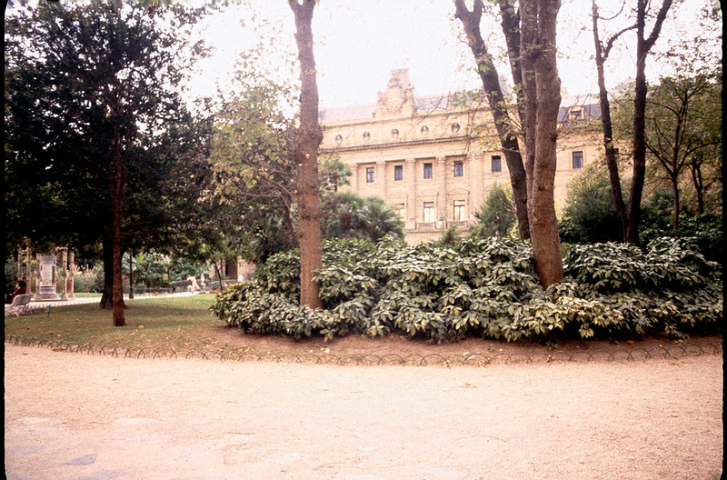 ParisBorSpain1_051.jpg