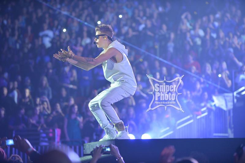 Justin Bieber at Yum Center in Louisville - Sniper Photo-14.jpg