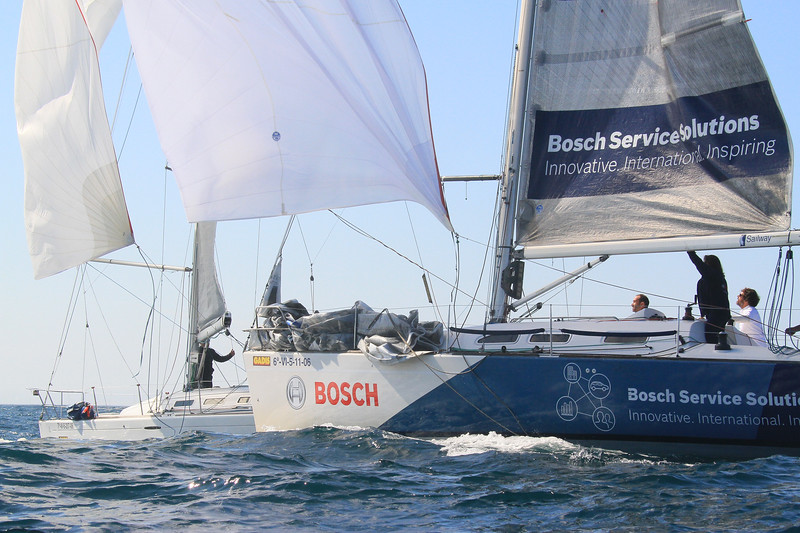 Bosch Servicesolutions Innovative. International. Inspiring Sailway GADIS 62-V1-5-11-06 @ BOSCH Bosch Service Solutio Innovative. International. In