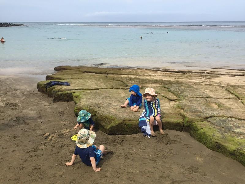 Malia, Finn, Leif, Asher at Ke'e Beach