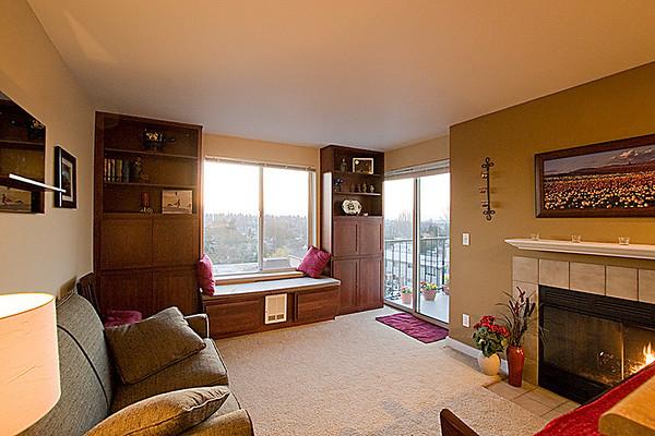 Greenwood Condominium at Maison