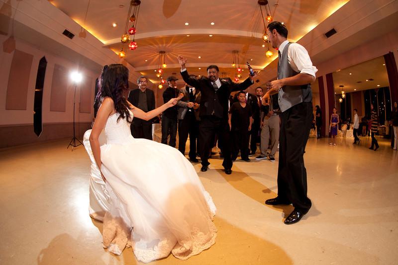 2011-11-11-Servante-Wedding-717.JPG