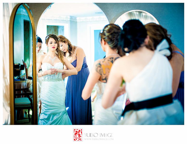 Calgary vietnamese wedding photography_Calgary Wedding Pavillion Wedding_Calgary indoor weddings_Calgary winter wedding photography004.JPG