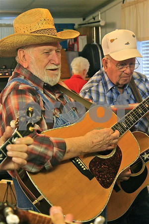 December 29, 2016 - Bluegrass Jam at Lamplighter