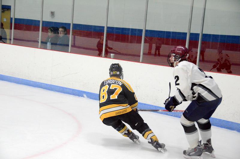 141005 Jr. Bruins vs. Springfield Rifles-062.JPG