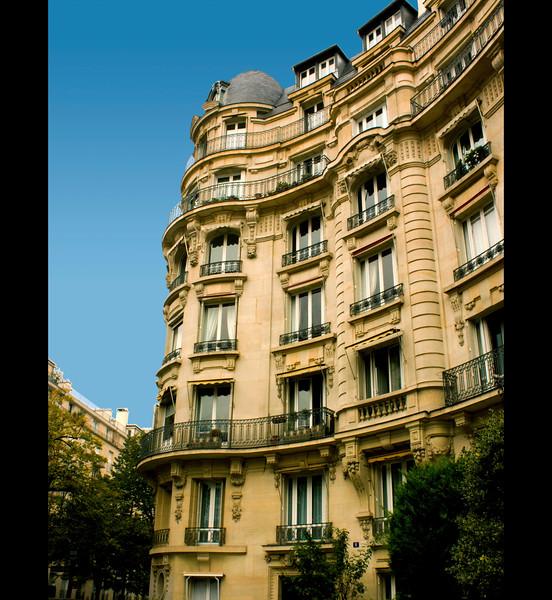 Paris-Building-IMG_7917.jpg