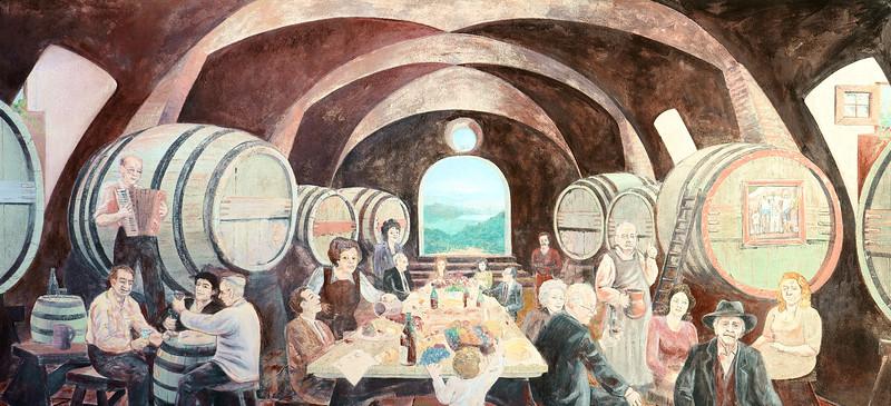 08_19 corsica winery mural DSC04729.JPG