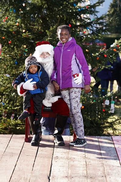 Santa In The Park 20190152.JPG