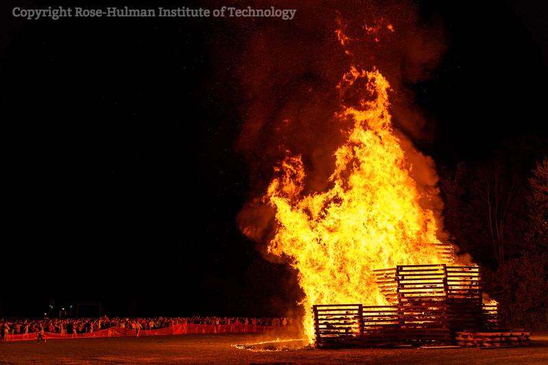 RHIT_Homecoming_2019_Bonfire-7420.jpg