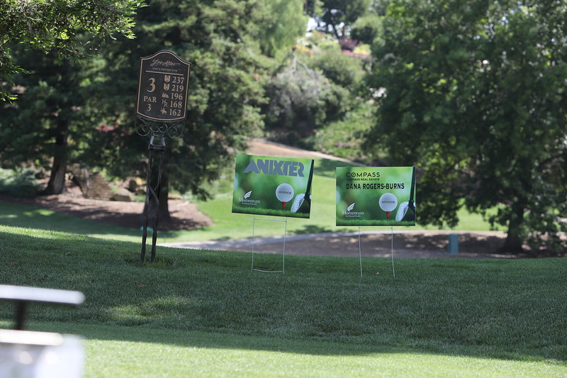 Momentum Golf Benefit-284.jpg