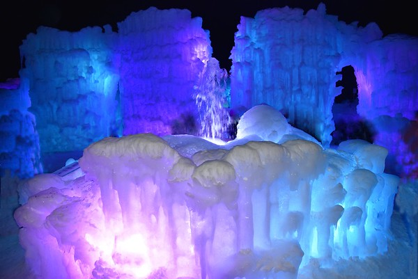 NH, Woodstock - Ice Castle - Ice Only, 2016
