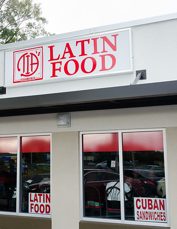 TIA's Latin Cafe