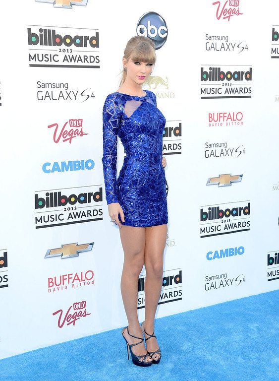 . Singer Taylor Swift arrives at the 2013 Billboard Music Awards at the MGM Grand Garden Arena on May 19, 2013 in Las Vegas, Nevada.  (Photo by Jason Merritt/Getty Images)
