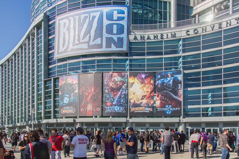 2013 BlizzCon - Exhibit Floor