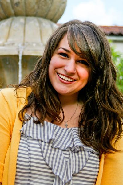 Alicia_SeniorPics_-14.jpg