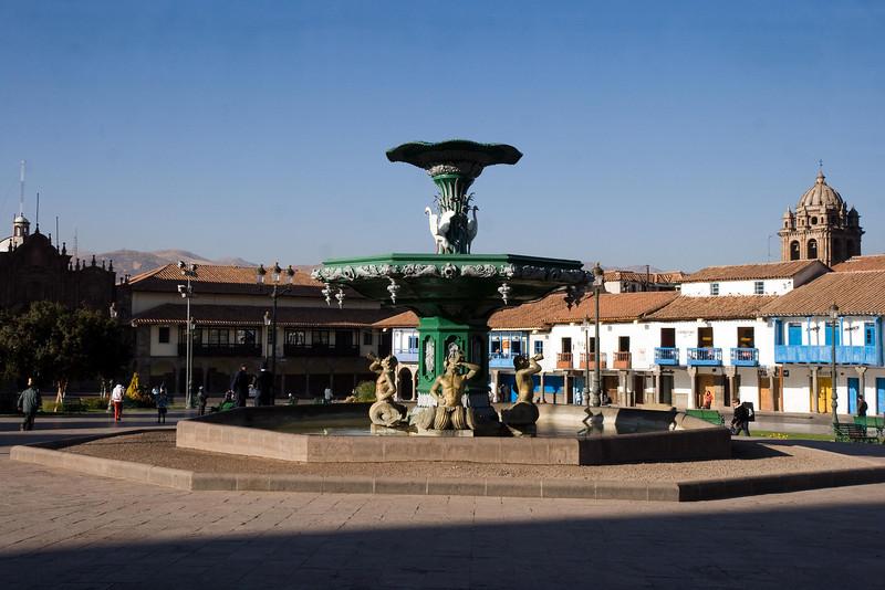 Cusco, Peru - Fountain in Plaza d'Arms (2008-07-07).psd