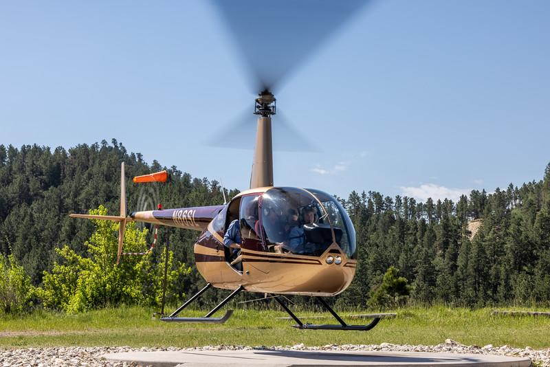 Kathy lofting in helicopter -3735.jpg