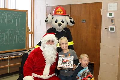 2014 CFD Kids and Santa