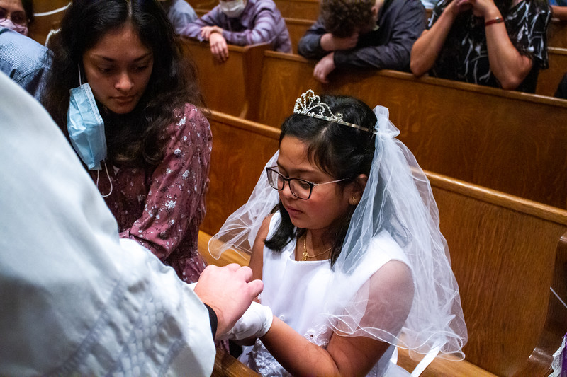 CNP_SATURDAY_FIRST_COMMUNION-29.jpg
