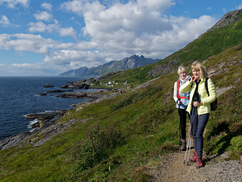 Marnie and Kate, hiking Nesmond to Nusfjord