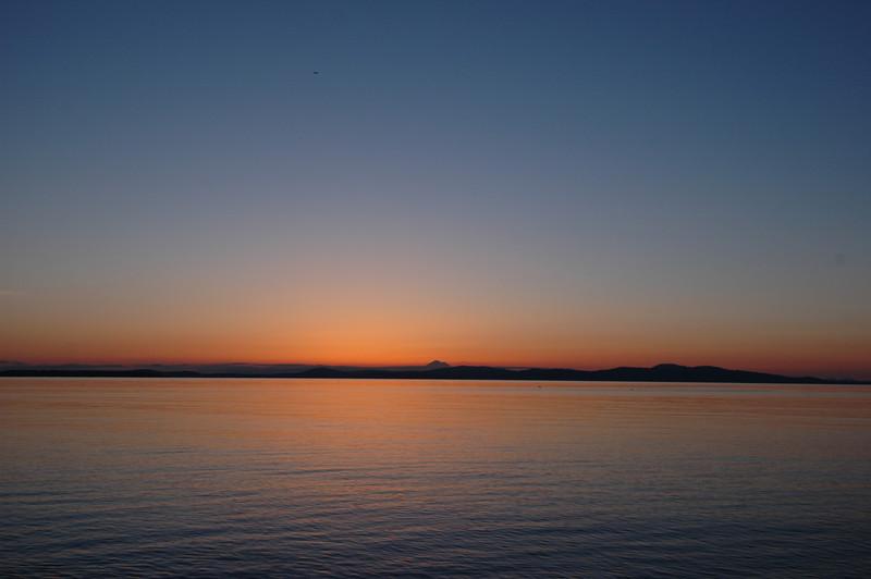 050416 3005 Canada - Victoria - Agate Lane Sunrise _I ~E ~L.JPG