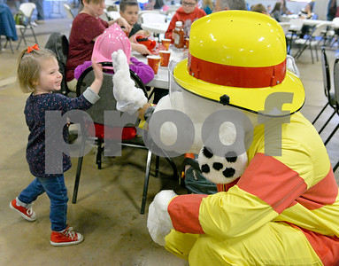 Lemont Fire Protection District & Lemont Professional Fire Fighters Local 3966 Pancake Breakfast with Illinois Veterans.
