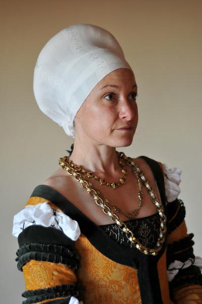 Etaine Costumes