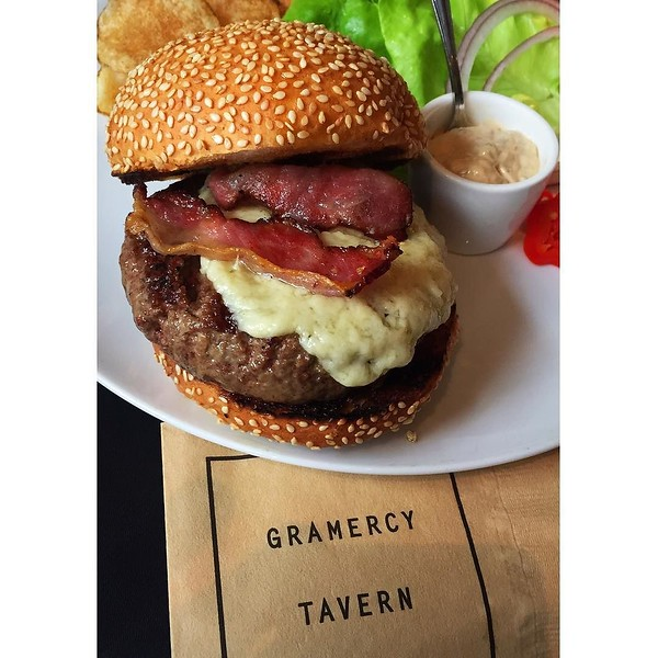 "The off-the-menu ""secret"" burger that I recently learned about at @gramercytavern has to be one of the most amazing burgers I've ever had. Also? #bacon"
